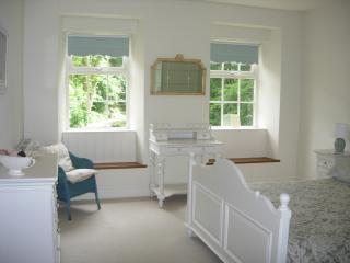 Hewenden Mill Cottages - Luxury 1 bed apartment - Bradford vacation rentals