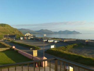 Glorious Day; a view of the Llyn Peninsula Wendon's balcony the balcony. - Wendon Holiday Apartments - Caernarfon - rentals