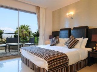 Royal T Suites - Tel Aviv vacation rentals