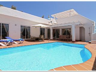 VILLA'S CAROLINE, VICTORIA AND LOUISE. - Corralejo vacation rentals