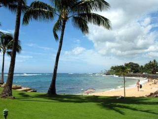 LIKE BEING ON A BOAT BEST LOCATION IN KUHIO SHORES - Poipu vacation rentals