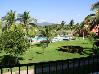 Luxury 4 Bdr/4ba Condo View of Ocean &Golf Course - Ixtapa vacation rentals