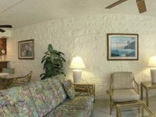 Bright 2 bedroom Maalaea Apartment with Internet Access - Maalaea vacation rentals
