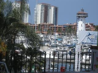 Watch them weigh in the Tournament Fish - Puerto Vallarta - Beautiful 3BR in Marina Vallarta - Puerto Vallarta - rentals