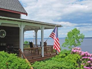 HARMONY COTTAGE - Town of Northport - Northport vacation rentals