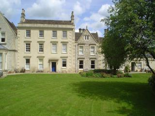 Weston Lodge - a stylish luxury holiday apartment - Bath vacation rentals