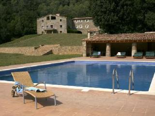 Can Jan- nestled in the Catalonian foothills on 500 acres, great for groups - Province of Girona vacation rentals