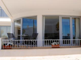 Fuzeta Superb 2 Bedroom Apartment with Sea View - Fuzeta vacation rentals