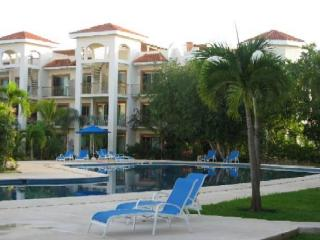 Opulent Paseo Del Sol Lux Condo Beach Pool Perks - Playa del Carmen vacation rentals