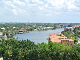 40 SEAGATE DR.NAPLES,FL# C1004 C1004 - Naples vacation rentals