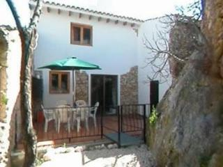 Abdet Village Accommodation - Alicante vacation rentals