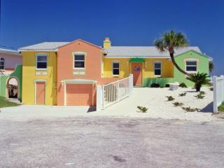 Gorgeous, Colorful 2 Bd/2Bth Beach House Directly on Ocean - Daytona Beach vacation rentals