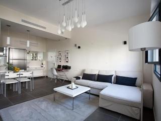 Chic & Stylish Apt in heart of TLV - Tel Aviv vacation rentals