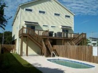 126A Woodland Dr. back of rental beach house, sleeps 16, pool - GCB 4BR beach house, 16, pool - Ocean's Ten - Garden City Beach - rentals