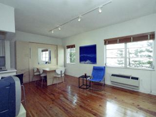 SOUTH BEACH DESIGNER STUDIO ONE BLOCK FROM OCEAN - Miami Beach vacation rentals