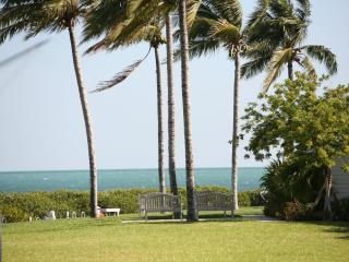3/3 Indigo Reef w/  32' Complimentary Boat Slip - Marathon vacation rentals