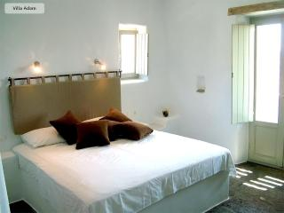 Villa Adam- Peaceful traditional greek house - Naoussa vacation rentals
