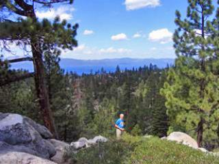Beautiful 3 BR, 3 BA House in Lake Tahoe (057a) - Lake Tahoe vacation rentals