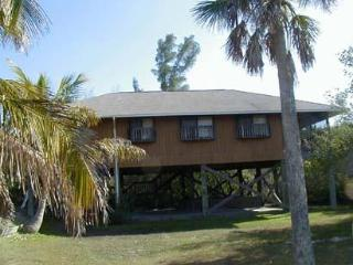 GULFVIEW ISLAND HOME, 4 Bedrooms (Sleeps up to 10) - Little Gasparilla Island vacation rentals