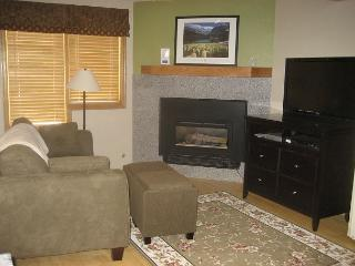 Remodeled Ski in Ski out Studio at the full service Iron Horse Resort. - Winter Park vacation rentals