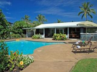 Pahukoa Hale - Direct Ocean Front Hawaiian Style home in Kona Bay Estates - Kailua-Kona vacation rentals