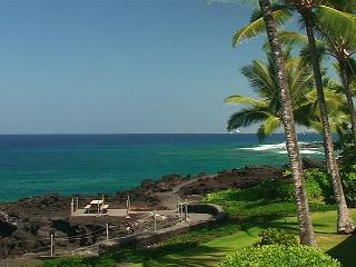 KKSR2204 DIRECT OCEANFRONT CORNER UNIT!!! 2nd Floor, Wifi, BREATHTAKING VIEW! - Kailua-Kona vacation rentals