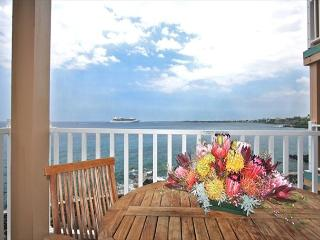 $125.00 special April 10th-May 23rd 2 BEDROOM DIRECT OCEANFRONT!!! - Kailua-Kona vacation rentals