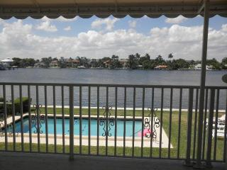 Tahiti Cove -Waterfront Condo-Walk to Everything - Delray Beach vacation rentals