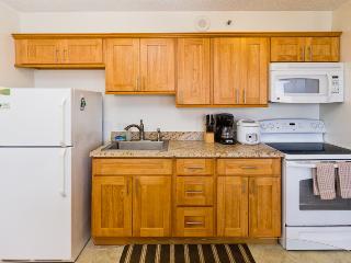 Waikiki Banyan Tower 2 Suite 3704 ~ RA136574 - Waikiki vacation rentals