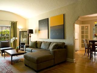 Hollywood Studios Bungalow--Close to Walk of Fame - Los Angeles vacation rentals