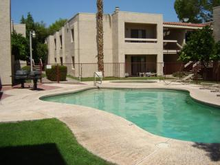 Feb. 3-9 open! Oldtown Condo-Close to everywhere! - Scottsdale vacation rentals
