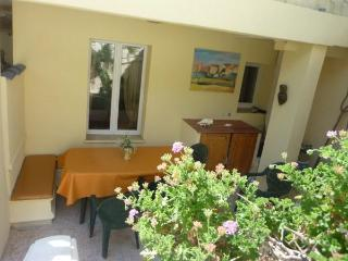Eze sur mer 2 Bedroom with a Terrace and 5 Minute Walk to Beach - Eze vacation rentals