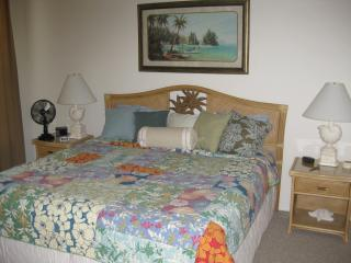 Carriage home in Majestic Palms sleeps 6 - Fort Myers vacation rentals