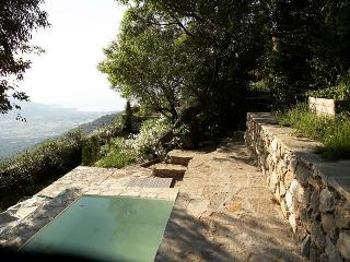 Charming 5 bedroom Vacation Rental in Sant'Antonino - Sant'Antonino vacation rentals