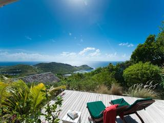 Located in the peaceful area of Vitet with a panoramic view over the Bay WV OCT - Vitet vacation rentals