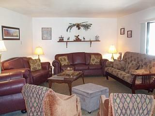 Large living room with full size futon - Large Condo 1 block from Giant Steps Resort *VALUE - Brian Head - rentals