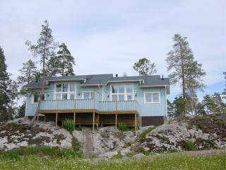 Nice Cottage with Internet Access and Central Heating - Espoo vacation rentals