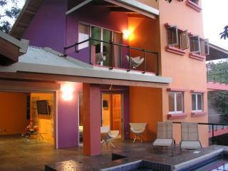 ItsMyCasa's Casa Mono Congo-Howler Monkey Villa - Manuel Antonio National Park vacation rentals