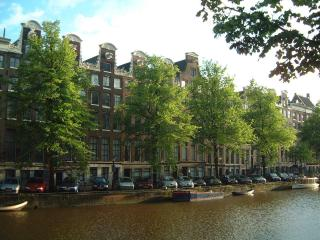 Beautiful views over the Keizersgracht - Amsterdam vacation rentals