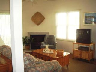 Spacious 5 bedroom Rehoboth Beach House with Deck - Rehoboth Beach vacation rentals