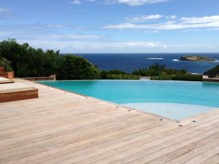 Elegant villa offering a wonderful view over the ocean WV VIP - Pointe Milou vacation rentals