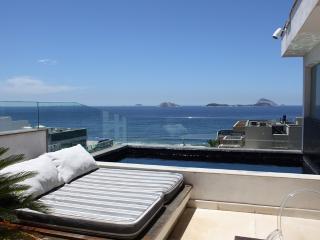 Leblon Penthouse with ocean views : Rio055 - Ipanema vacation rentals