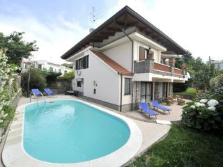 Villa Sara, Private Garden and Swimming Pool - Campania vacation rentals