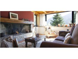 Malh Blanc | Unique, exclusive, spacious, family-friendly... - Vielha vacation rentals