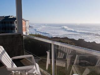 Luxury Oceanfront Condos/Single Bedroom/Hot Tub - Depoe Bay vacation rentals