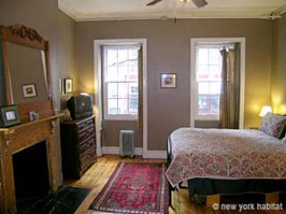 Charming Village Guesthouse Apt Just off Bleecker - New York City vacation rentals