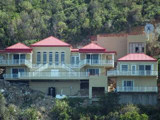Gorgeous House with Internet Access and DVD Player - Coral Bay vacation rentals