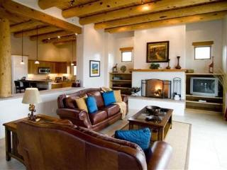 Spectacular Bishop's Lodge Villa 5 Mins. fr. Plaza - Santa Fe vacation rentals