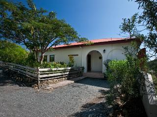 3 bedroom House with Satellite Or Cable TV in Coral Bay - Coral Bay vacation rentals