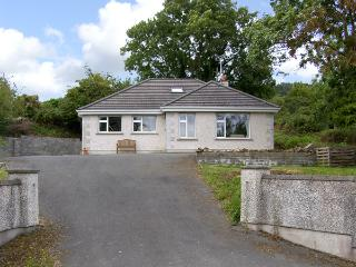 THE OLD SCHOOL HOUSE, family friendly, with a garden in Gorey, County Wexford, Ref 4385 - Gorey vacation rentals